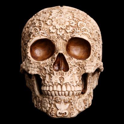 Crâne à fleurs
