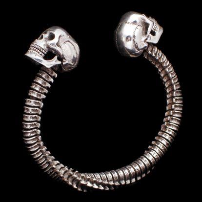 Bracelet cr�nes et vert�bres