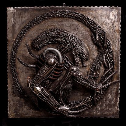 Plaque Alien