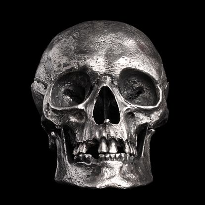 Crâne en argent
