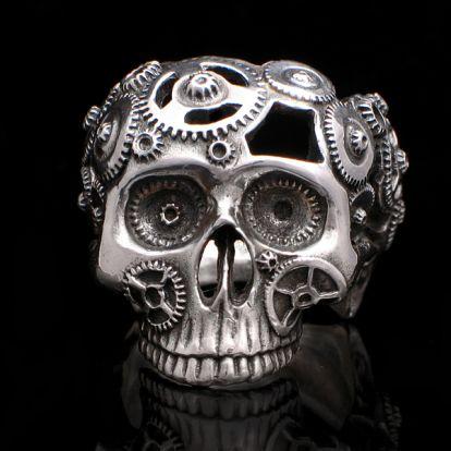 Clockwork skull ring