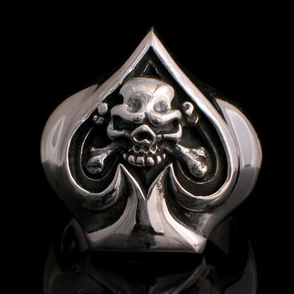 Ace of spade with skull ring