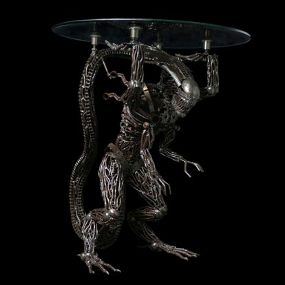 Alien table